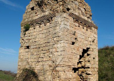 S. Giulio - angolo sud est